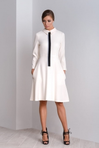Cream-coloured elegant formal dress with a collar Kori