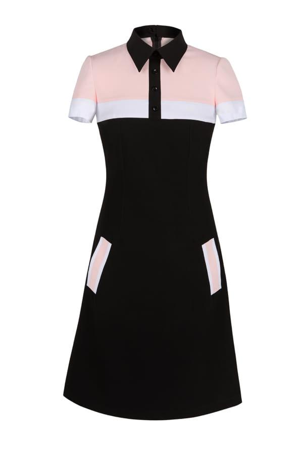 263be3de0240 Elegancka czarna wizytowa sukienka z kołnierzykiem POLO II DUHLA.COM